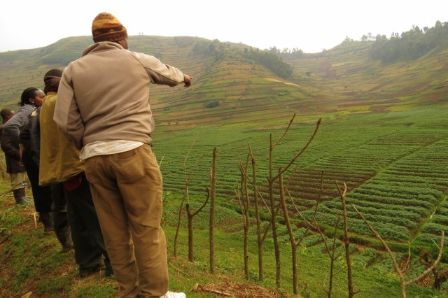 Ogled zemlje v skupnosti Murambo